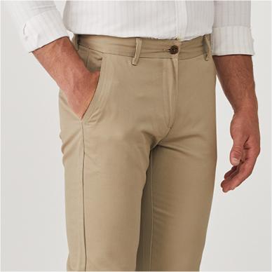 מכנסיים קצרים
