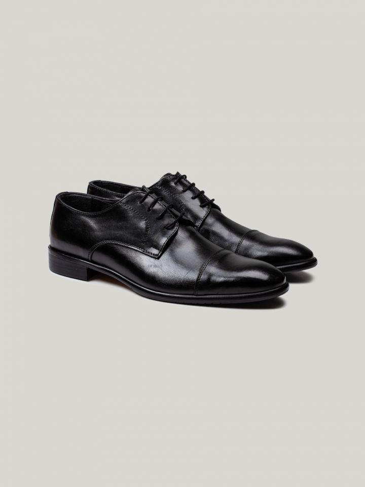 נעלי דרבי עור עם חתך